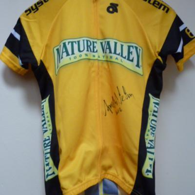 Maillot jaune de leader de la NATURE VALLEY (signé)