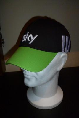 Casquette podium Adidas-SKY (modèle vert)