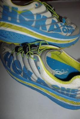 Chaussures de trail HOKA OneOne
