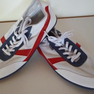 Chaussures sportswear NEWFEEL (sponsor FDJ)