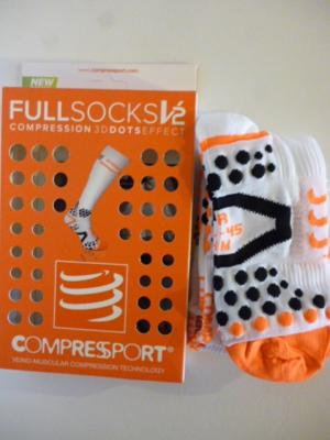 Chaussettes compression Compressport (blanches, mod.1)