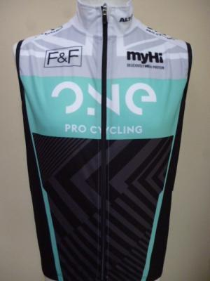 Gilet 1/2 saison ONE-PRO CYCLING (taille M)