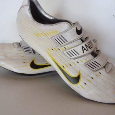 Chaussures NIKE-Poggio
