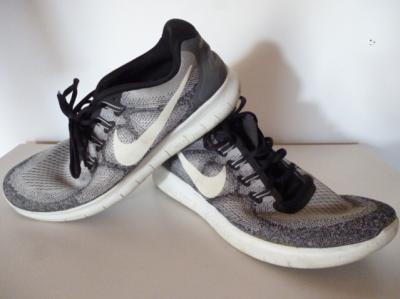 Chaussures de running NIKE-Free RN
