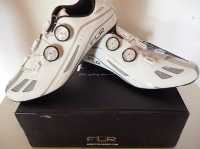 Chaussures FLR-XXII blanches