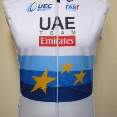 Gilet thermique UAE-EMIRATES 2018 ch. d'Europe (protection)