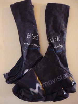 Couvre-chaussures aéros MOVISTAR