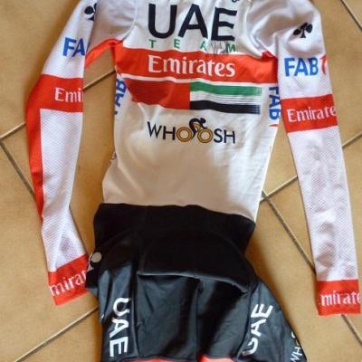 Combinaison CLM UAE-TEAM EMIRATES 2020 (taille M, dédicacée)
