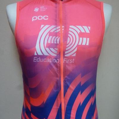 Gilet coupe-vent EF-EDUCATION FIRST (taille S)