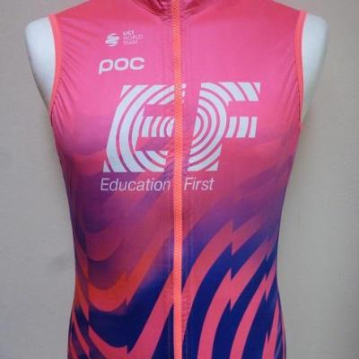 Gilet imperméable EF-EDUCATION FIRST (taille S)